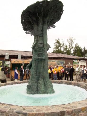 swietowid-statua-duze